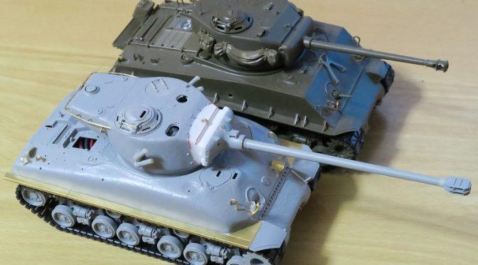 ドラゴン 1/35 スーパーシャーマン M51 その3 アスカモデルとのHVSSサスペンションの比較
