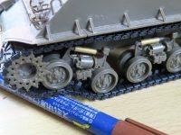 アスカモデル シャーマン 戦車模型のラジコン化 その5 HVSSサスペンション改造
